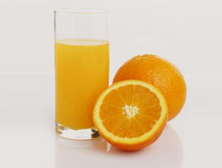 מיץ תפוזים (צילום: MistikaS, Istock)